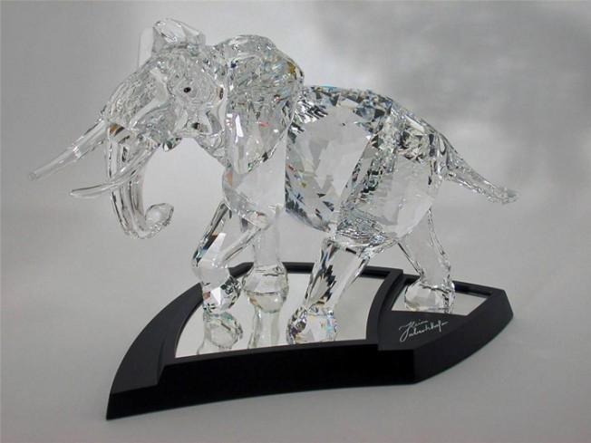 elefante-edizione-limitata-854407-anno-2006-swarovski (1)